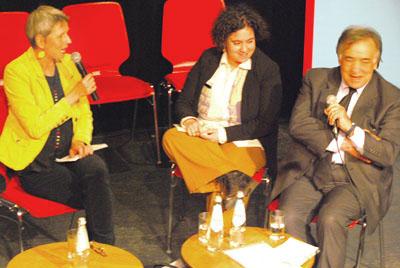 BR-Moderatorin Jutta Prediger im Gespräch mit Leoluca Orlando