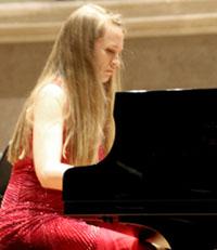 Kristina Miller, Pianistin
