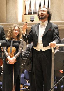 Dirigent Fuad Ibrahimov im Herkulessaal der Residenz München